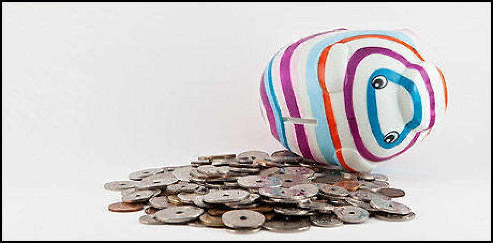 SPAREPENGER TIL OVERS: Putt heller sparepengenen på en BSU-konto enn i sparegrisen. Foto: Colourbox.com