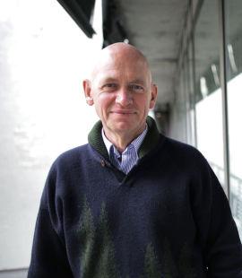 Ikke Lotto. Daglig leder John Peter Tollefsen i AksjeNorge er opptatt av at aksjesparing ikke skal oppfattes som sært og lottolignende.