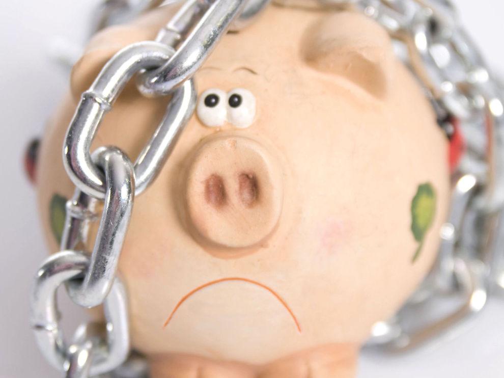 KAN GI TAP: Langsiktig sparing på konto er nordmenns foretrukne valg. Men det bør du styre unna, råder ekspertene.