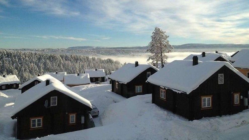 INNEN REKKEVIDDE: Nordmenn planlegger å kjøpe hytte for to millioner kroner i snitt. Dine Penger har sjekket hva du får for pengene akkurat nå ved Norges mest populære skianlegg. Her er hytter ved Kongsberg skisenter som går for 1,5 millioner stykket.