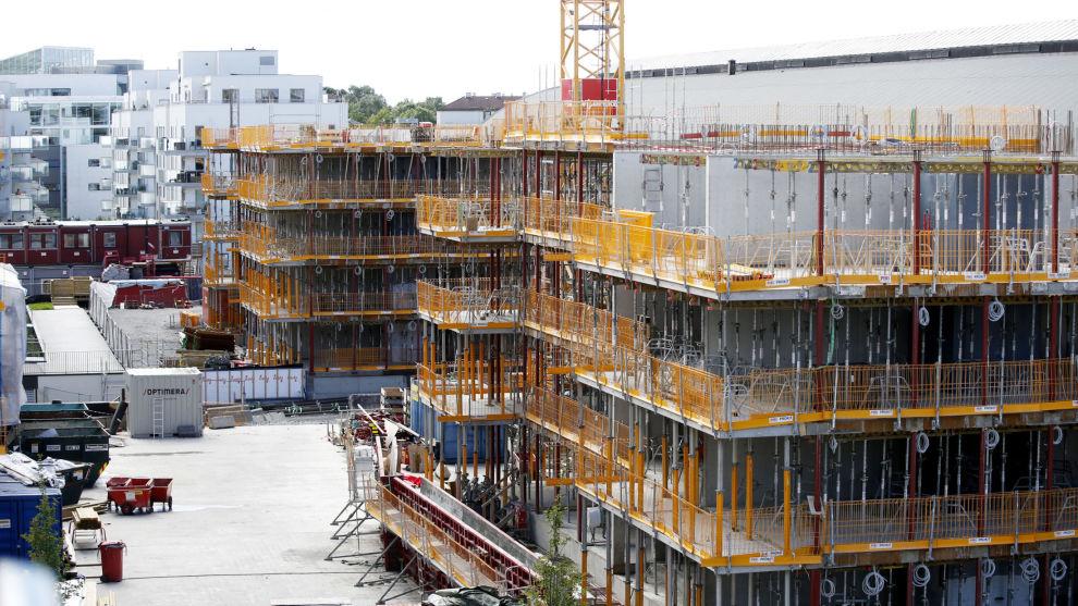 LUKKET MARKED: Byggevirksomhet av nye bolig på Ensjø i Oslo. Selv de minste leilighetene som bygges i dag krever en egenandel på opp mot en halv million kroner.