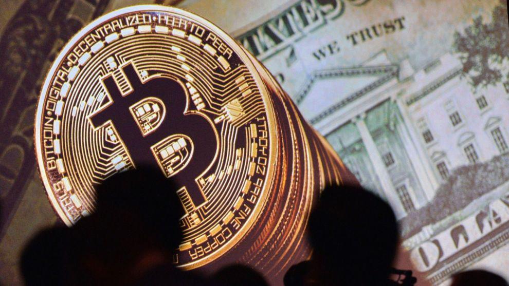 RALLY: Bitcoin har lagt bak seg en periode med ekstrem oppgang. Ekspert mener det fortsatt kan lønne seg å hoppe på digitalvaluta-toget – men råder nye investorer til å ta sine forholdsregler.