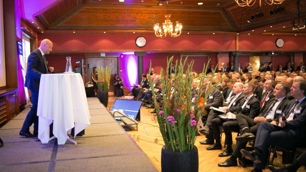 TØFFE TIDER: Det har vært krevende år for oljebransjen, men den tilpasser seg blant annet gjennom sammenslåinger og kostnadskutt, ifølge Pareto-sjef Ole Henrik Bjørge.