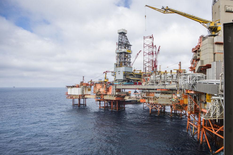 OLJEOPPTUR: DNB Markets tror på sterkere oljepris fremover. Her fra Vallhall-feltet i Nordsjøen.