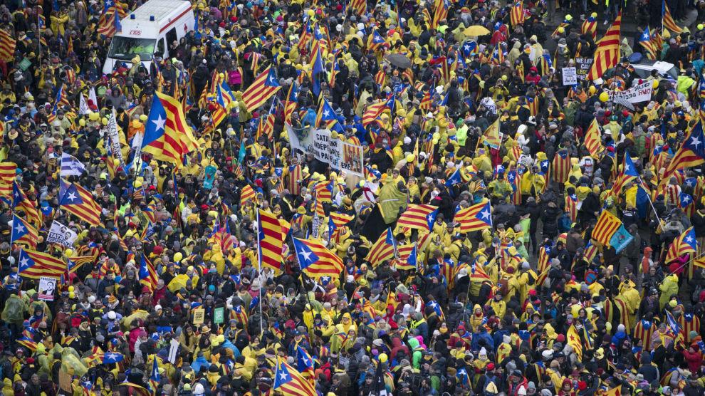 Katalanske uavhengighetstilhengere demonstrerte nær EUs hovedkvarter i Brussel.