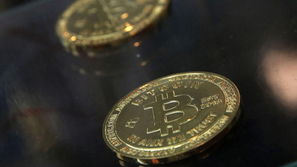 KURSOPPGANG: Bitcoin er den mest kjente av kryptovalutaene og opplevde en voldsom vekst særlig mot slutten av 2017, da kursen for én bitcoin på det meste lå rundt 20.000 dollar.