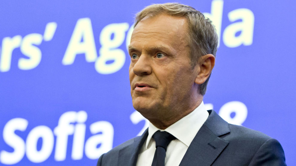 EU-president Donald Tusk langer ut mot USAs president Donald Trump og kaller ham lunefull.