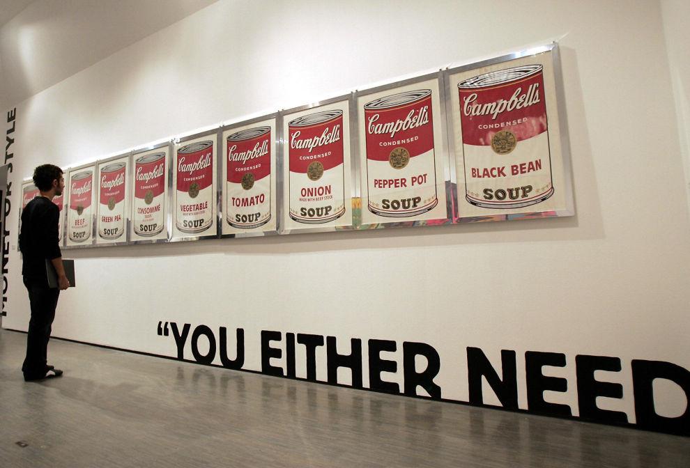 STOR SUPPE: Det er vanskelig å peke på en konkret faktor når man skal avgjøre verdien på et kunstverk. Andy Warhol, som blant annet malte Campbell's Soup Cans, mente at det noen til enhver tid var villig til å betale for et kunstverk, var riktig pris.