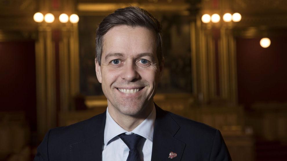 Knut Arild Hareide (KrF) vil ha nye alkoholregler i arbeidslivet.