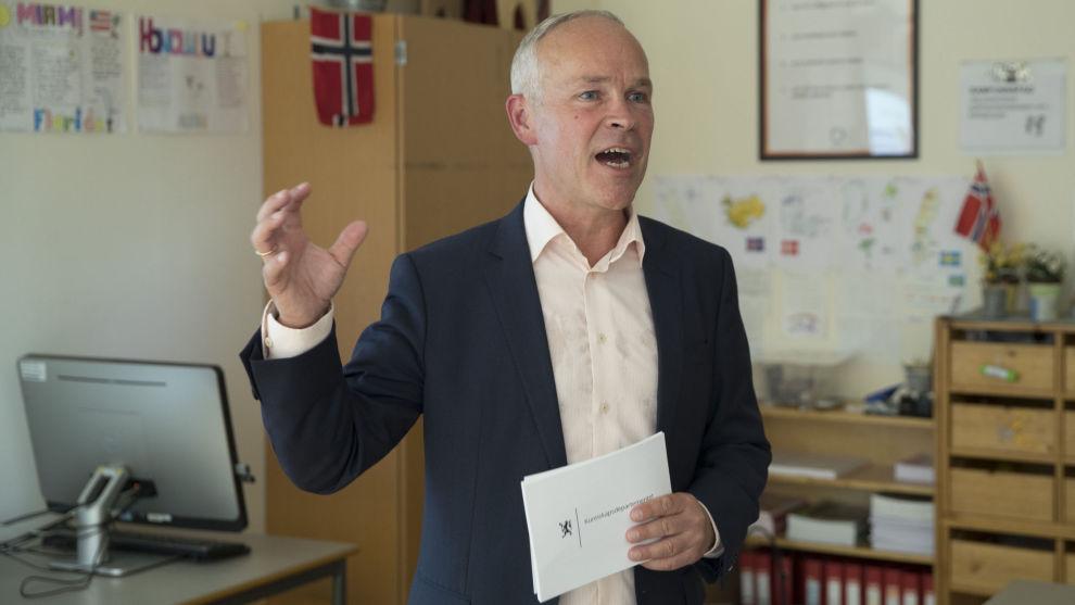 Kunnskaps- og integreringsminister Jan Tore Sanner (H) ha bedre organisering av skoleåret i videregående.