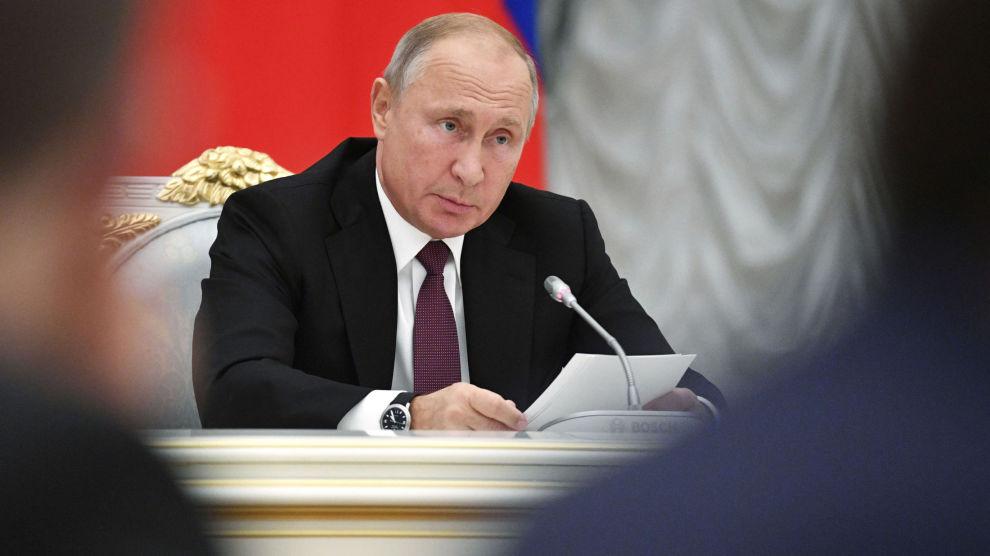 Russlands president Vladimir Putin håper på å kunne ta imot Nord-Koreas leder Kim Jong-un neste år.
