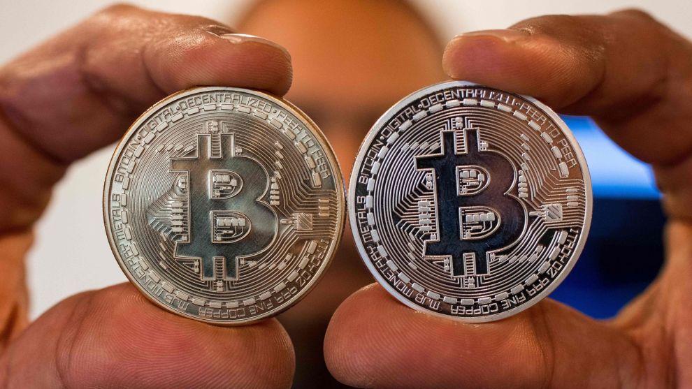 HAR FØRT TIL TAP: Norges fremste kryptoekspert mener undersøkelse viser at nordmenn har sittet stille i båten mens bitcoinprisen har rast nedover.