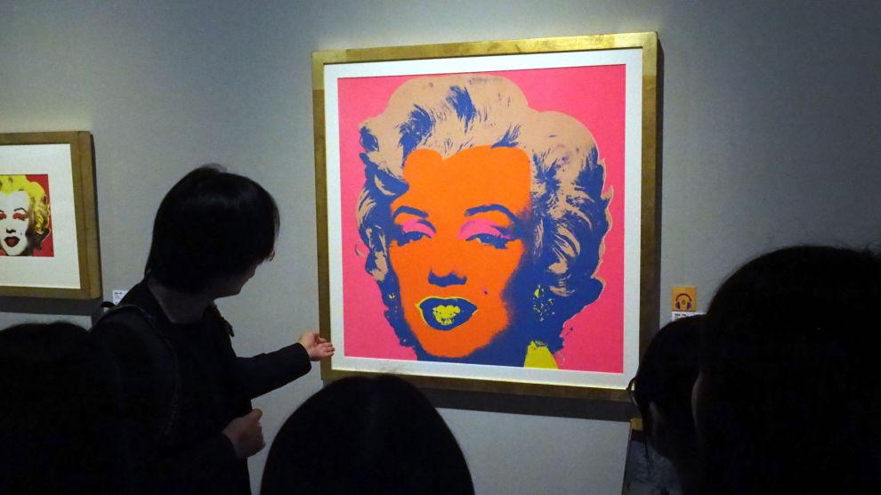 FAKE OR NOT?: Andy Warhol skal ha sagt at han selv ikke kan se forskjellene på et bilde han selv har lagd, mot et som er falsk. Derfor er signert Warhol-verk langt mer verdt enn usignerte. FOTO: NTB scanpix