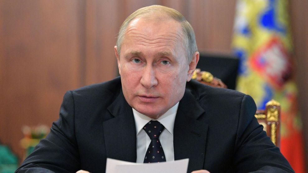 Russlands president Vladimir Putin diskuterte konflikten i Ukraina med landets president Volodymyr Zelenskyj torsdag. Foto: Alexej Druzhinin / AP / NTB scanpix