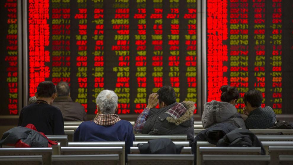 DU STORE KINESER!: En av fem privateide kinesiske selskaper har allerede store økonomiske utfordringer. Nå frykter mange at også offentlig eide selskaper misligholder gjelden sin.
