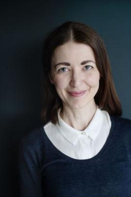 FORBRUKERFRUE: Kjersti Grønseth gir økonomitips på blogg og Instagram, og nylig startet hun også opp podkasten Forbrukerpodden.