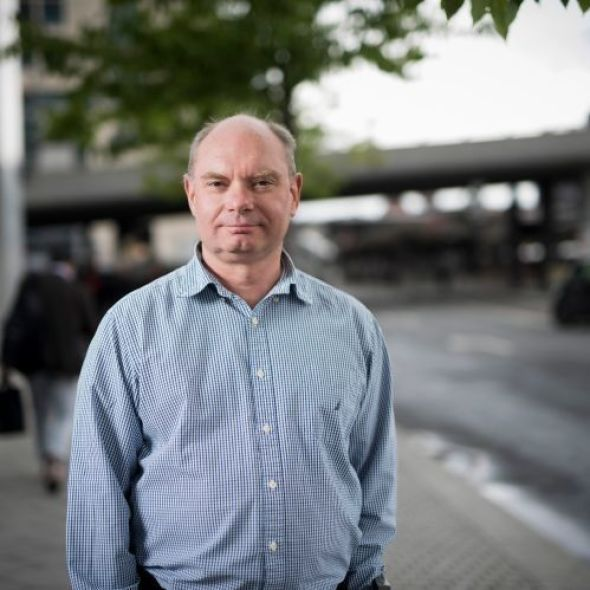 SJEKK PENSJONEN DIN: Pensjonsøkonom Øyvind Røst i KLP anbefaler alle som i berørte aldersgrupper å gjøre beregninger av pensjonen før de tar valget om fortsatt jobbing eller pensjonering.