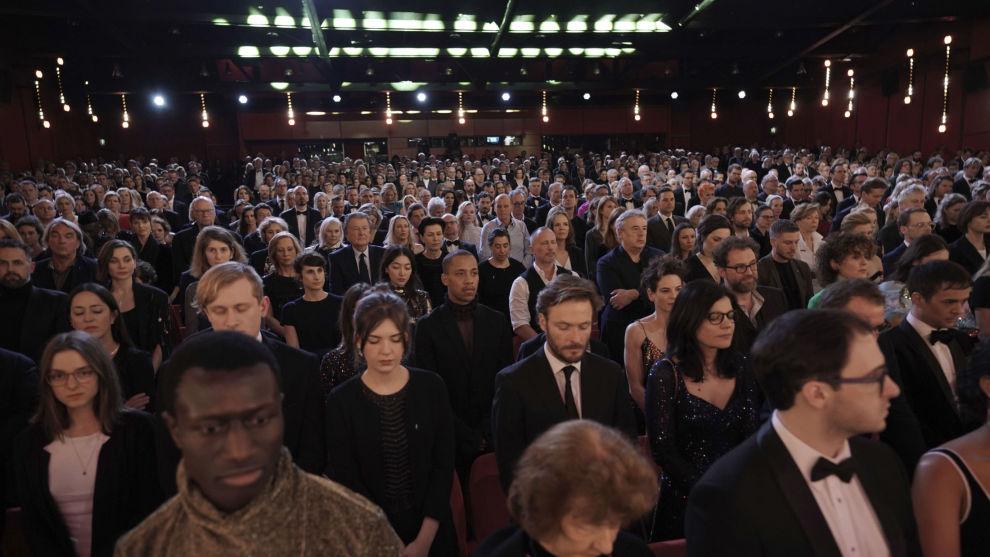 Filmfestivalen i Berlin ble åpnet med ett minutts stillhet torsdag kveld. Foto: AP / NTB scanpix