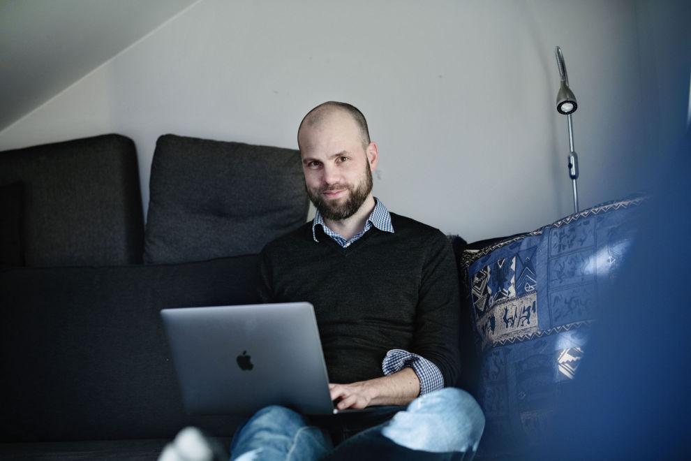 SOLGTE SEG UT: Økonomiblogger Eivind Berg forteller hvorfor han valgte å selge seg ut av aksjefond i betydelige kvanta på grunn av Corona-viruset.