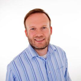 FINANSEKSPERT: Espen Sirnes er førsteamanuensis i finans ved Universitetet i Tromsø.