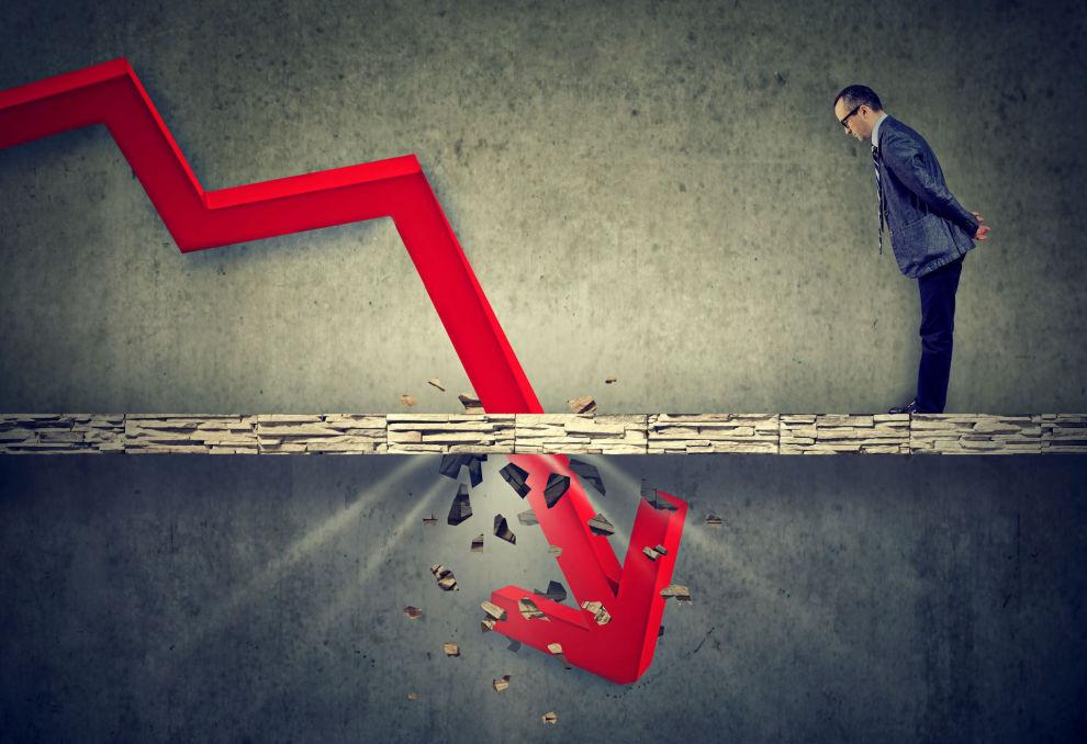 VANSKELIGE TIDER: Flere bedrifter risikerer å gå konkurs. Heldigvis er det flere måter du som forbruker kan gardere deg mot økonomiske tap.