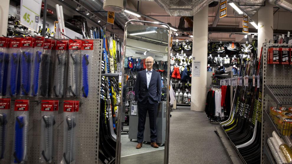 BYTTER TIL SPORT: DNB tar gevinst i et IT-selskap i medvind. Inn kommer en butikkjede som har slitt med høyt varelager og underskudd. Her med XXL-toppsjef Pål Wibe.
