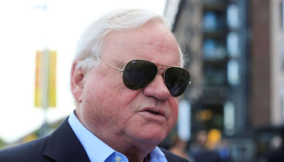 STOREULV: John Fredriksen blir regnet som landet rikeste person, skjønt han har vært kypriotisk statsborger siden 2006. En av investeringene er rederiet Golden Ocean, som DNB Markets tar inn i porteføljen.