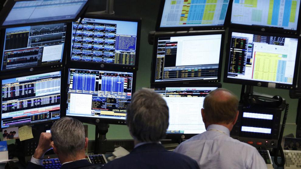 FEM VIKTIGE GRAFER: Kronen har blitt mer attraktiv og oljeprisen har forholdt seg nokså retningsløst i sommer.