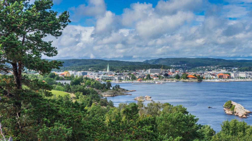 GOD UTVIKLING: På det blide Sørland har det vært gode dager for eiendomsmeglerne i sommer.