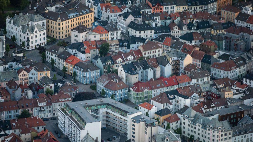 DE TRE B-ER: Beliggenhet, beliggenhet og beliggenhet er viktig når man skal investere i eiendom. Her fra Bergen.