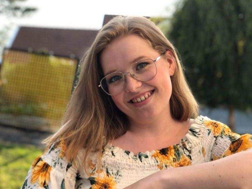 ØKONOMISK: Oda Linnea Oliversen sparer titusener av kroner hvert år selv om hun er student.
