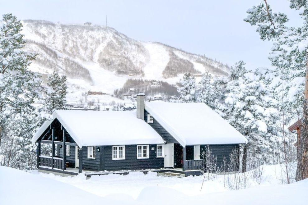 ATTRAKTIVT: Mange vil ha hytte med alle fasiliteter i kort avstand til både alpinanlegg og langrennsløyper. Denne på Geilolia Hyttetun, med fem soverom og 12 senger, koster 28.300 i vinterferien.