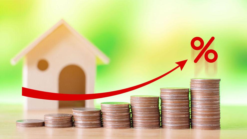 RENTEN SKAL OPP: Norges Bank varsler renteoppgang allerede fra høsten, og en boligrente på 1,5 % i dag kan bikke 3,0 % i 2024.